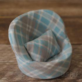 Newborn Posing Pod & Pillows Bundle