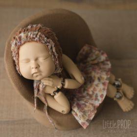 Newborn Posing Pod & Pillow Bundle