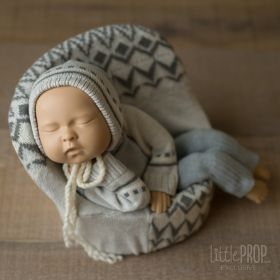 Newborn Posing Pod & Pillow Bundle
