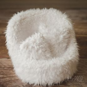 Grand Pod Newborn Photography Prop