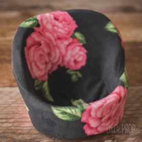 Grand Pod Cozy Black Floral Newborn Photography Prop